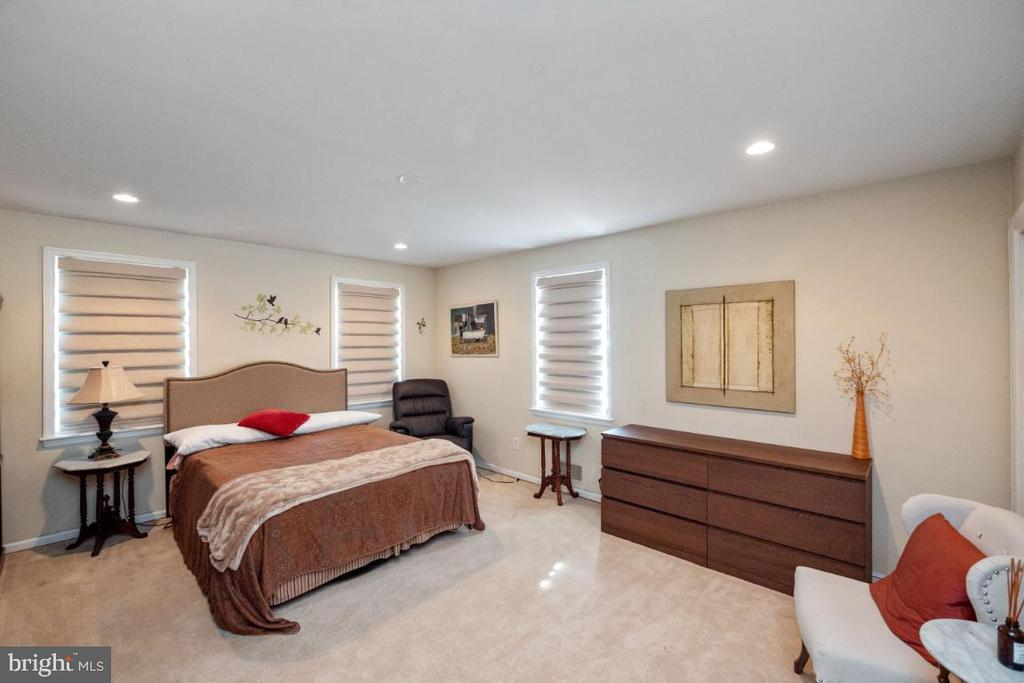 Bedroom # 2 - 4732 MASSACHUSETTS AVE NW, WASHINGTON