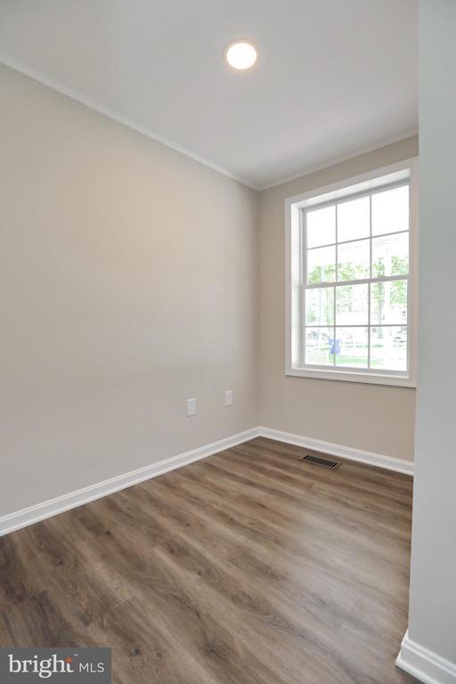Hobby Room or Office 1st Floor - 18850 WICOMICO RIVER DR, COBB ISLAND