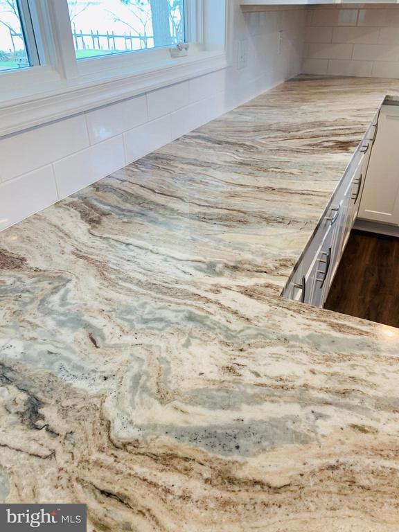 Custom made Granite Counters - 18850 WICOMICO RIVER DR, COBB ISLAND