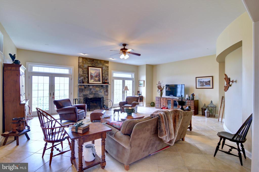 Family Room with Stone Wood Burning Fireplace - 22077 OATLANDS RD, ALDIE
