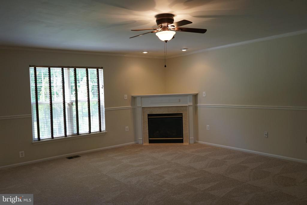 Family Room View #2 - 12 SUMMERFIELD LN, FREDERICKSBURG