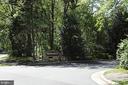 Woodcrest community - 1594 WOODCREST DR, RESTON
