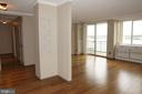 View from entrance to hallway and living room - 501 SLATERS LN #823, ALEXANDRIA
