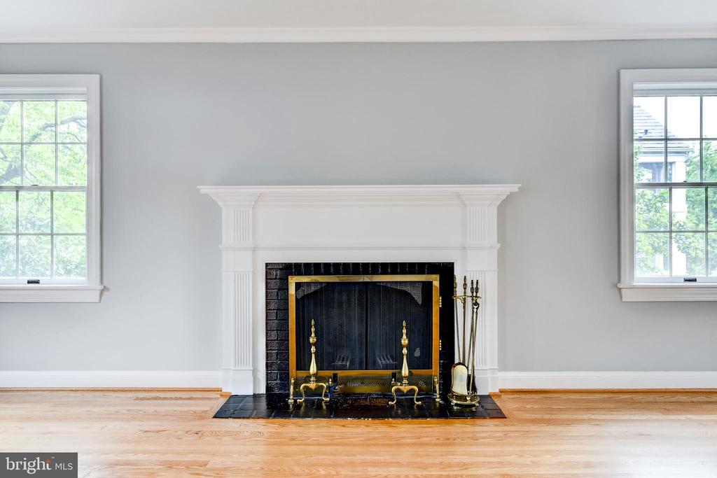 Fireplace in Living Room - 5135 34TH ST NW, WASHINGTON