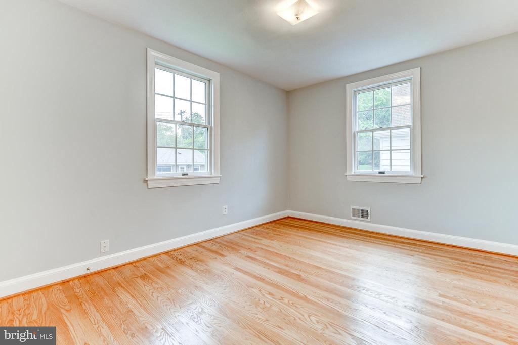 3rd Bedroom - 5135 34TH ST NW, WASHINGTON
