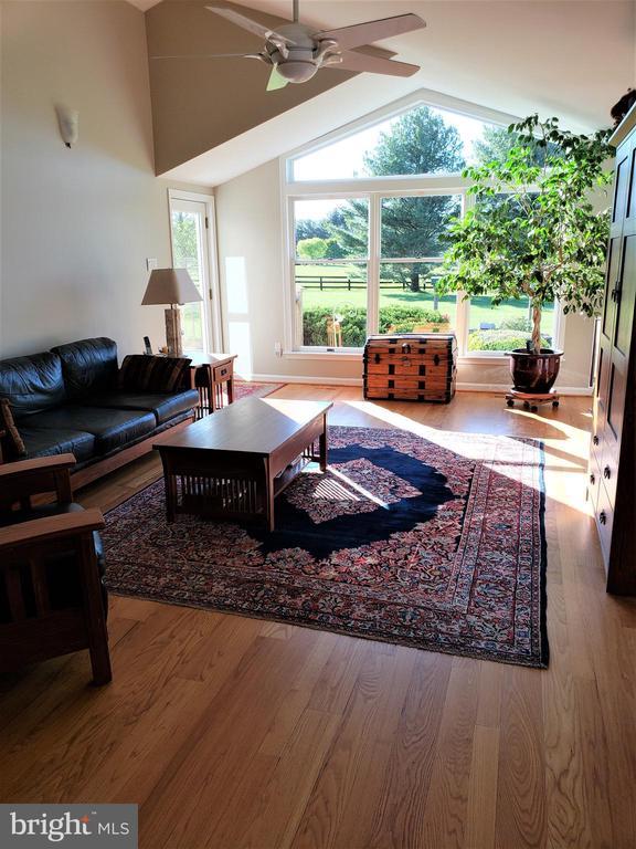 Great Room  Addition  spectacular views - 11629 DUTCHMANS CREEK RD, LOVETTSVILLE