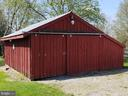 Front of Red Barn - 11629 DUTCHMANS CREEK RD, LOVETTSVILLE
