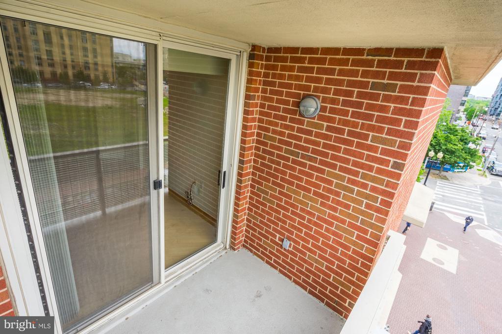 balcony - 1000 NEW JERSEY AVE SE #413, WASHINGTON