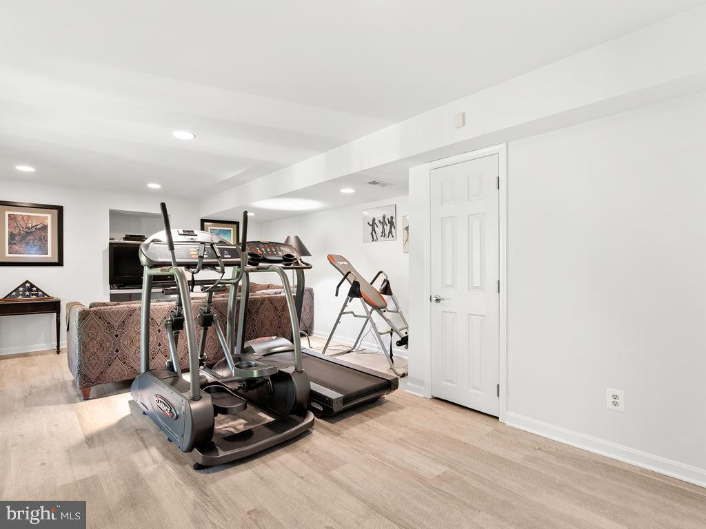 Space for exercise area too! - 1281 AUBURN GROVE LN, RESTON