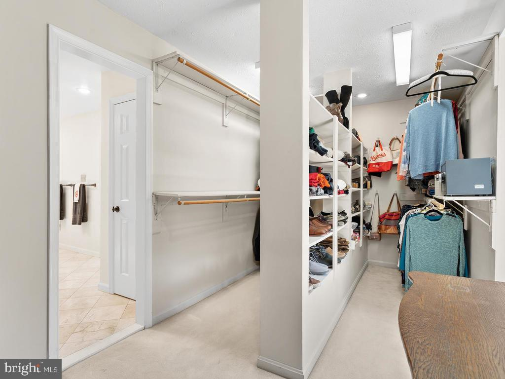 Huge walk-in master closets - 1281 AUBURN GROVE LN, RESTON