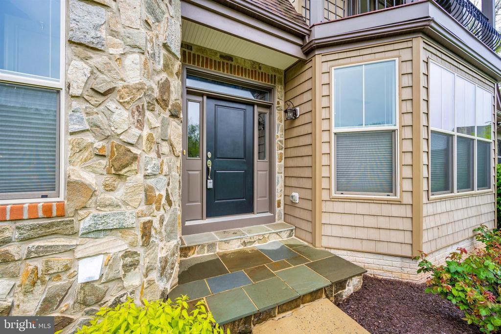 Gorgeous Stone Front Home on a Corner Lot - 3026 OLD ANNAPOLIS TRL, FREDERICK