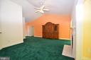 Family Room with vaulted ceiling - 79 MILLBROOK RD, STAFFORD
