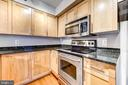Granite counters & stainless steel appliances - 7500 WOODMONT AVE #S902, BETHESDA