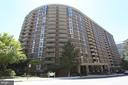 Prime Location! - 4620 N PARK AVE #1411E, CHEVY CHASE