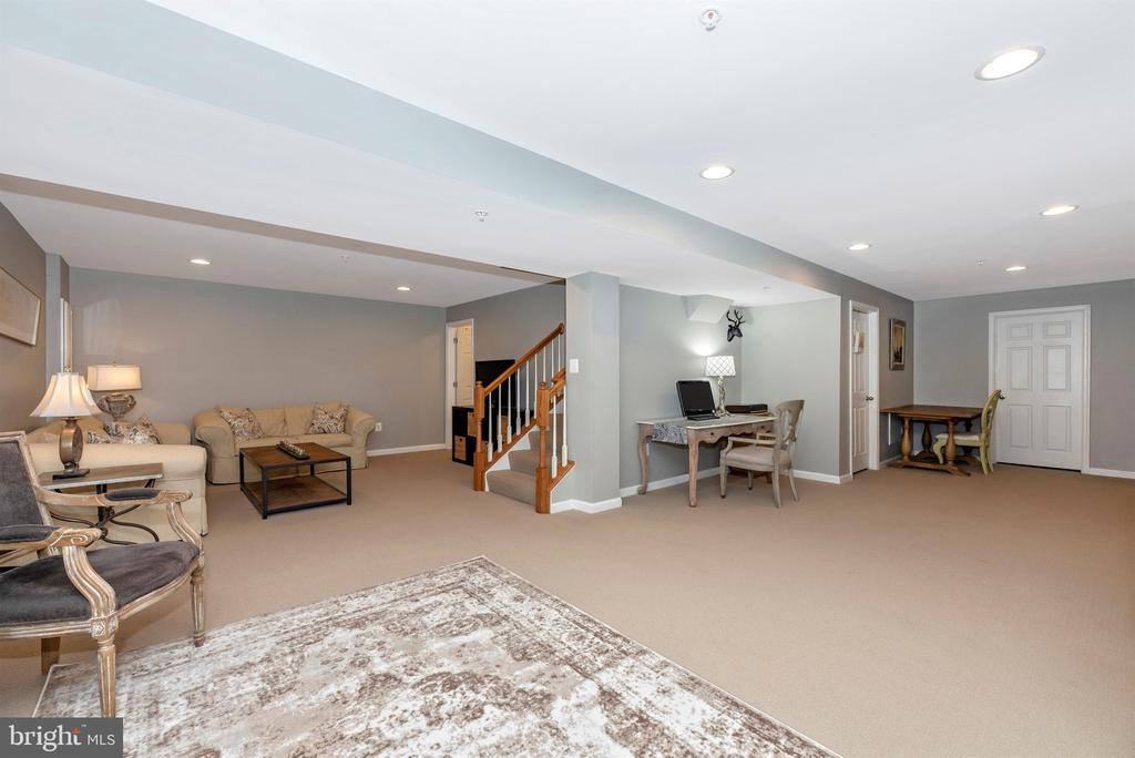 Fully finished basement area - 9823 NOTTING HILL DR, FREDERICK
