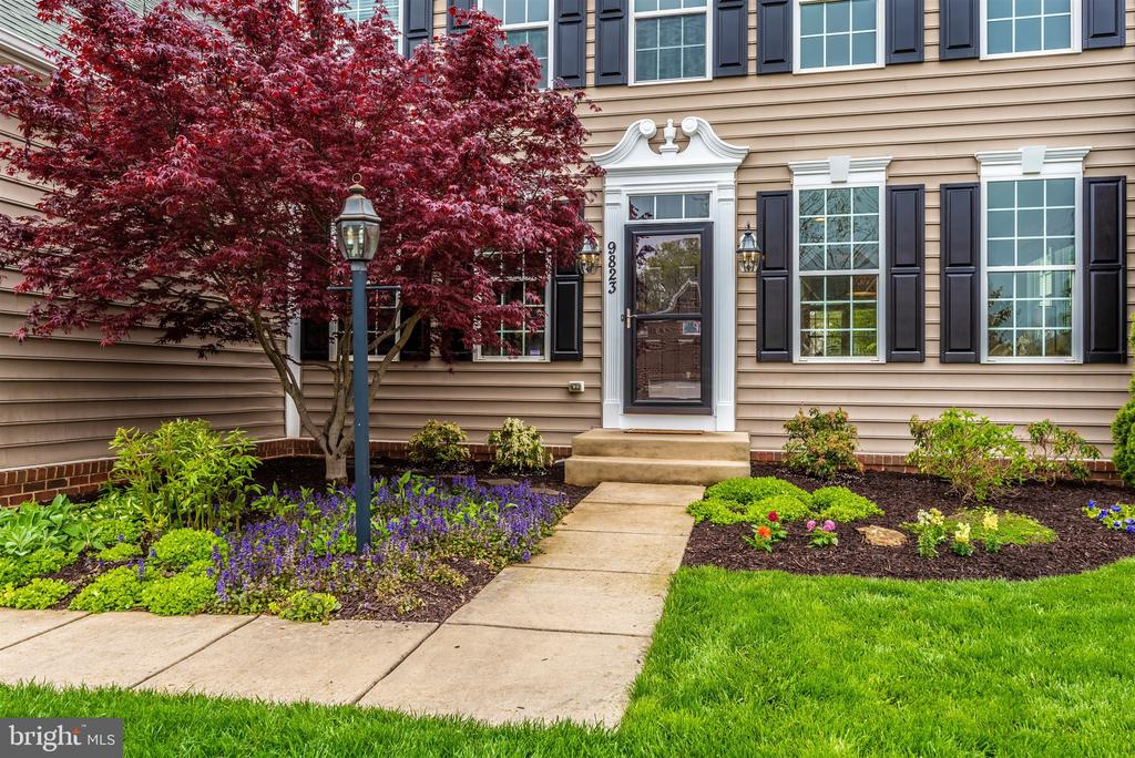 It's stunning. Top to bottom. - 9823 NOTTING HILL DR, FREDERICK