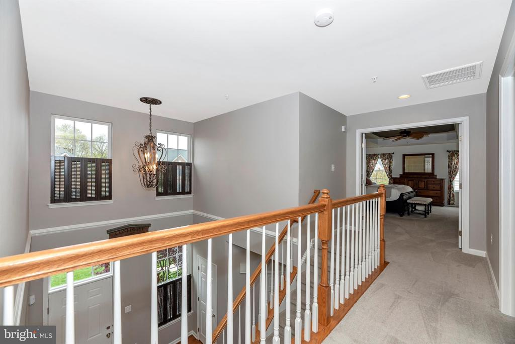 Upper level has all bedrooms - 9823 NOTTING HILL DR, FREDERICK