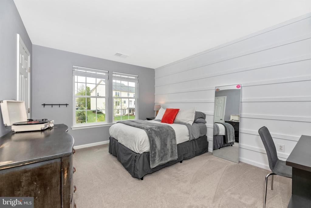 Bedroom 3 - 9823 NOTTING HILL DR, FREDERICK