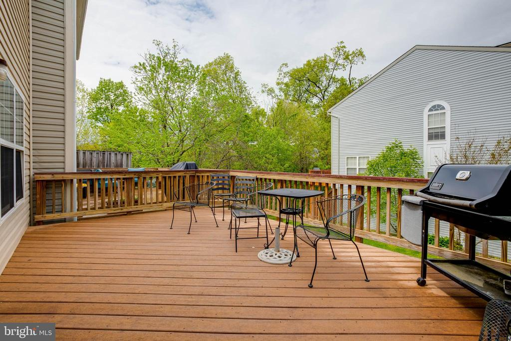 Huge deck off of the kitchen - 6926 TRADITIONS TRL, GAINESVILLE