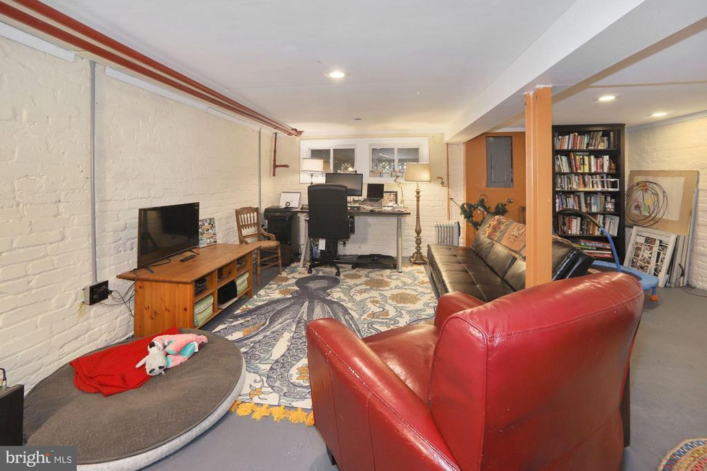 Rec Room and Home Office - 440 BUCHANAN ST NW, WASHINGTON