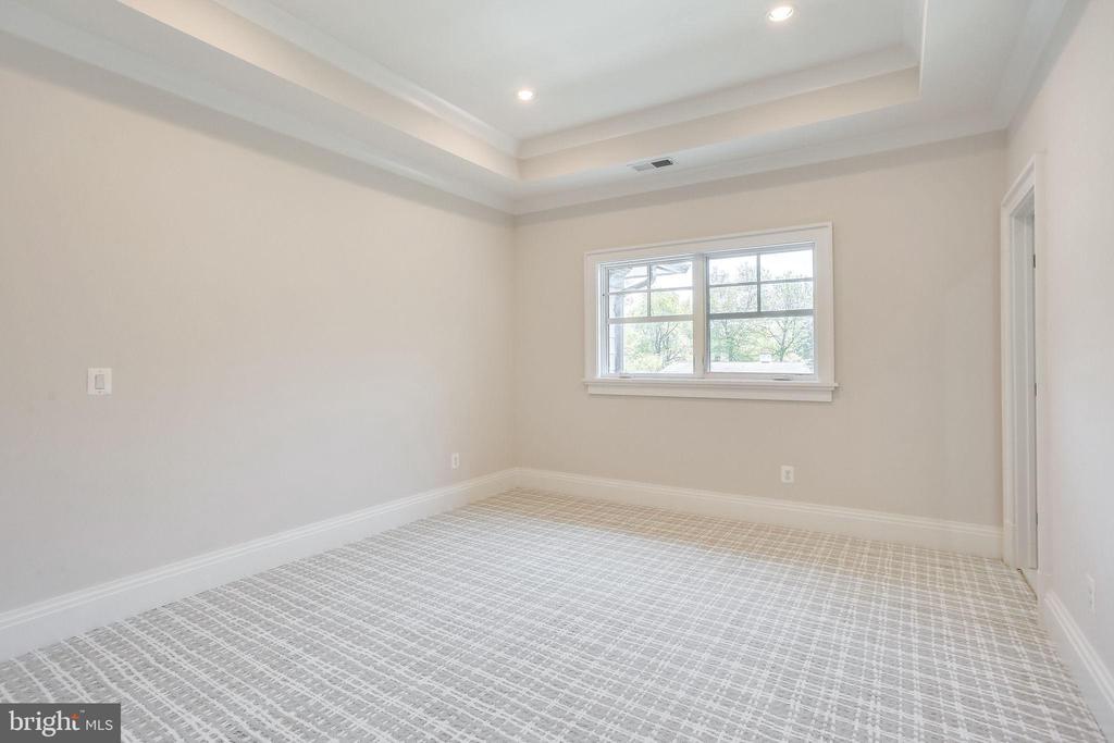 Bedroom 3 - 6930 TYNDALE ST, MCLEAN