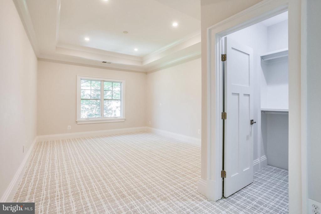 Bedroom 2 - 6930 TYNDALE ST, MCLEAN