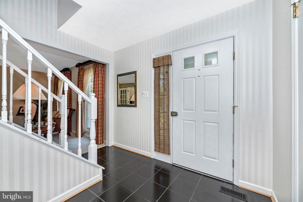 Foyer - 6128 HUCKLEBERRY WAY, NEW MARKET