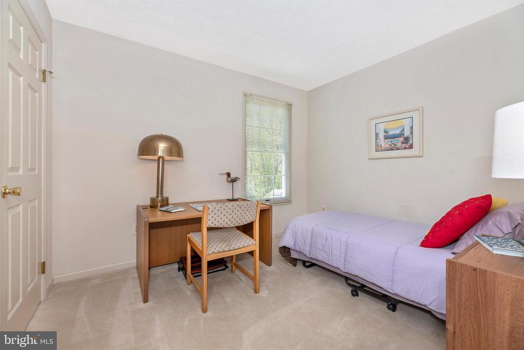 Bedroom 2 - 6128 HUCKLEBERRY WAY, NEW MARKET