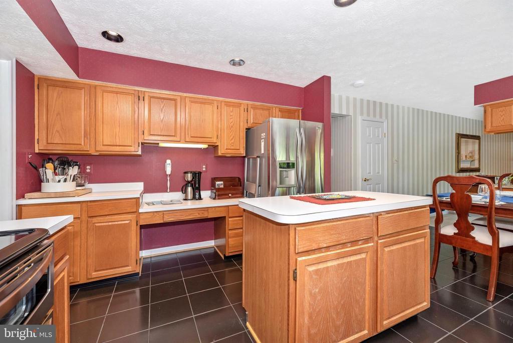 Kitchen - 6128 HUCKLEBERRY WAY, NEW MARKET