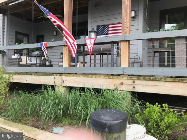 Large deck with doors from masterbedroom and LR - 12 SPA CREEK LNDG #A, ANNAPOLIS