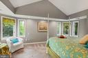 Spacious Master Bedroom with Vaulted Ceiling - 3030 N QUINCY ST, ARLINGTON
