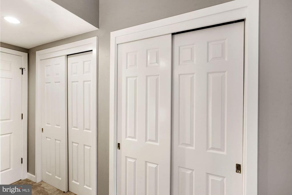 Double sets of double closets in Master Bedroom - 3030 N QUINCY ST, ARLINGTON