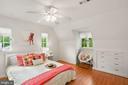 2nd Bedroom with ceiling fan & built-in dresser - 3030 N QUINCY ST, ARLINGTON