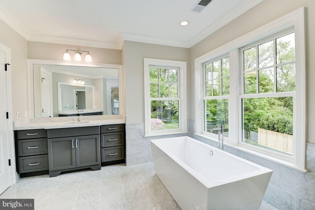 Master Bathroom with Separate Vanities - 3201 WINNETT RD, CHEVY CHASE