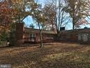 1/2 acre of property for quality outdoor time - 6218 GLENVIEW CT, ALEXANDRIA