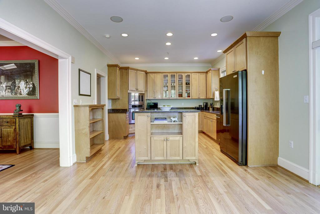 Kitchen with open breakfast area - 4200 MILITARY RD NW, WASHINGTON