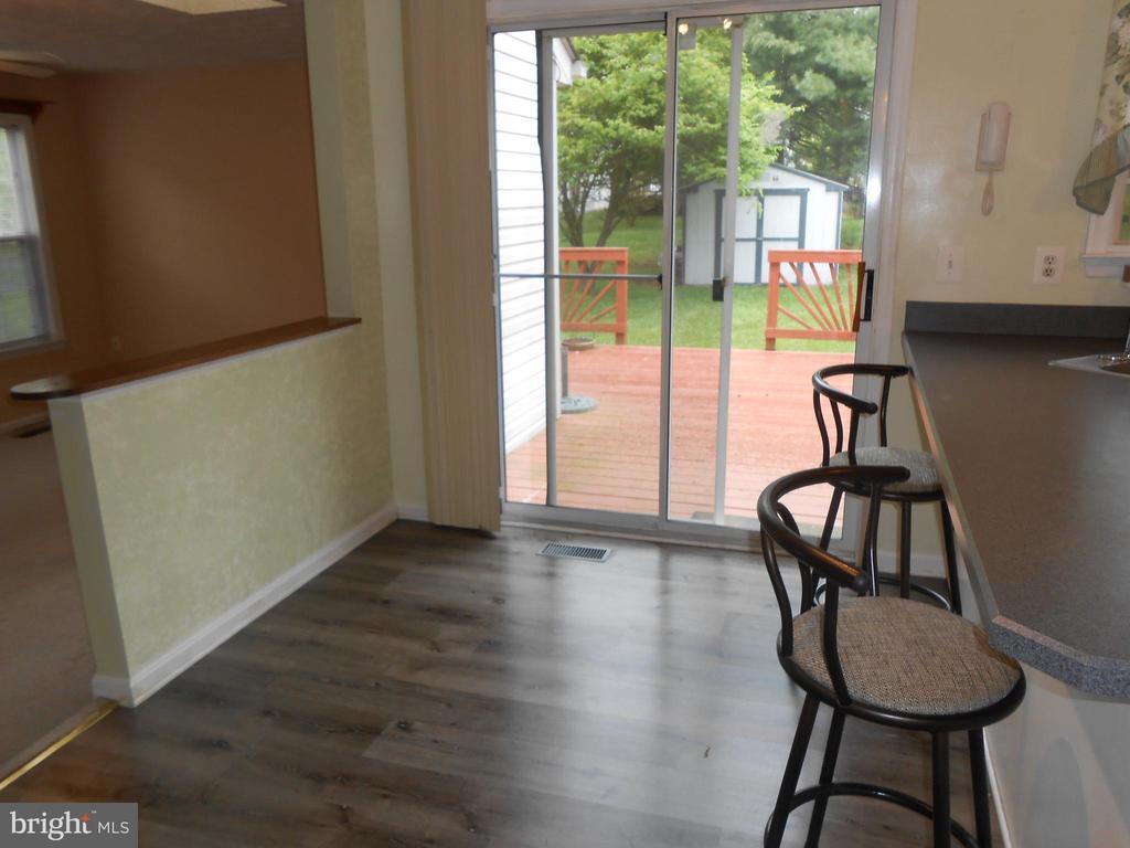 Breakfast Room - Sliding Glass Door to Deck - 10472 LABRADOR LOOP, MANASSAS