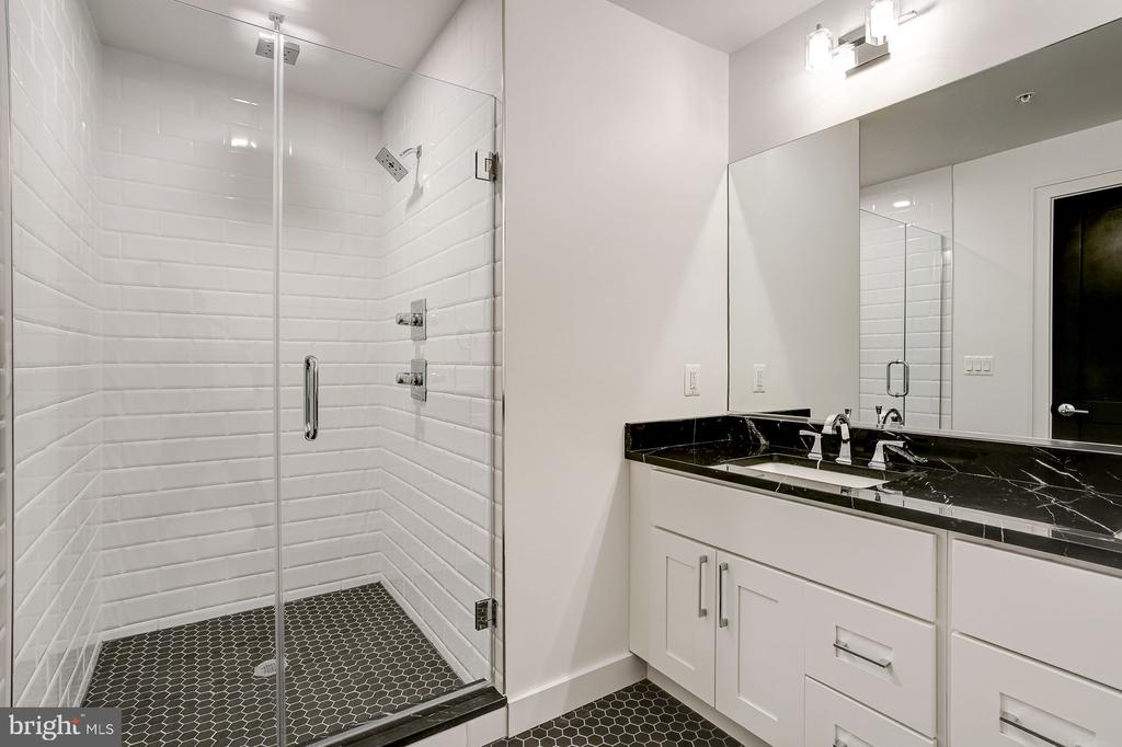 with full bath... - 836 VARNUM ST NW #201, WASHINGTON