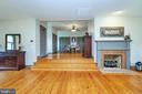 Master with sitting area - 345 GRIMSLEY RD, FLINT HILL