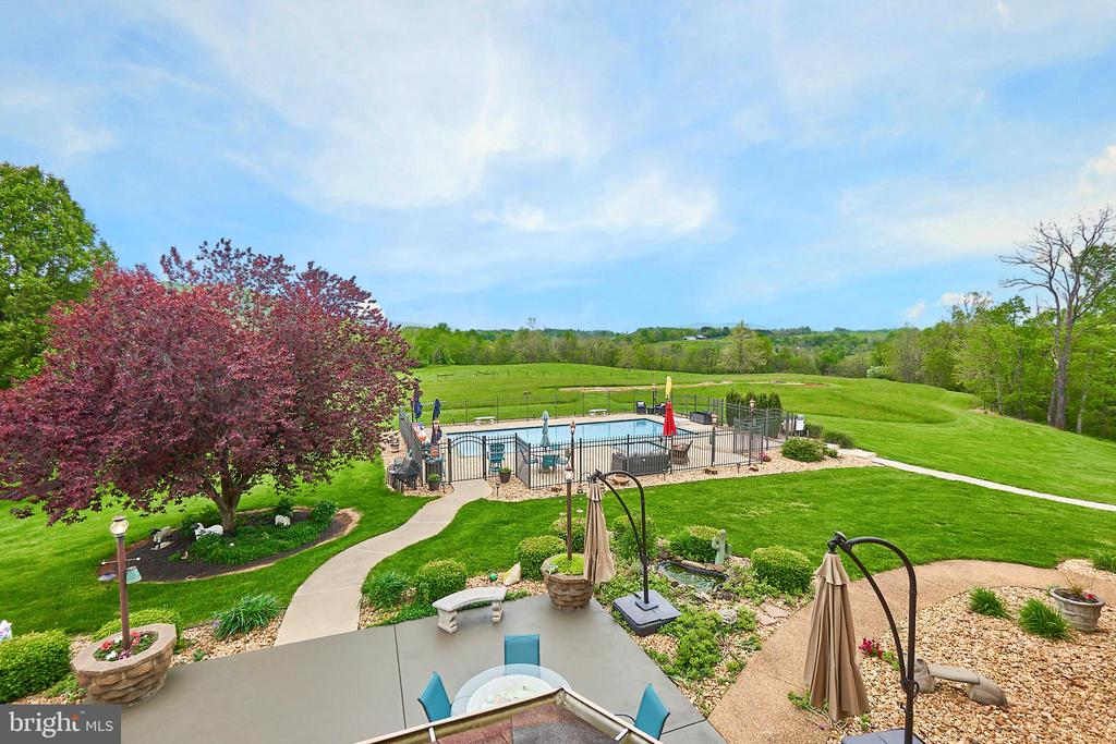 West view of mountains and pool yard - 345 GRIMSLEY RD, FLINT HILL