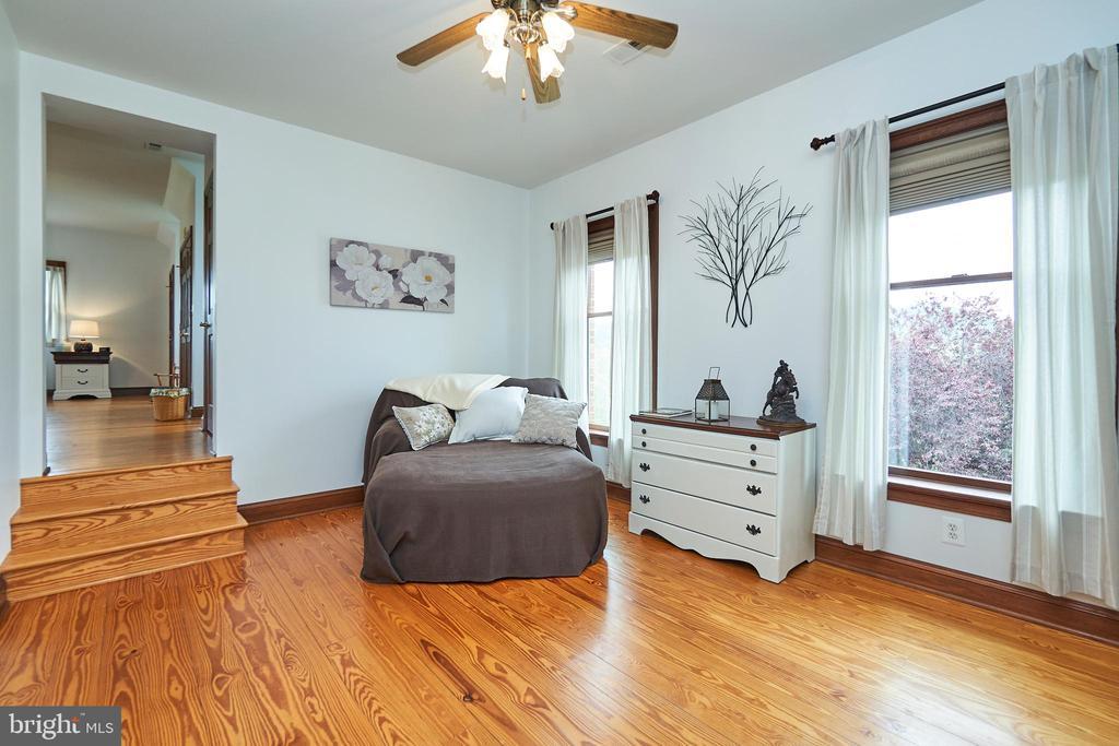 Extra room on 2nd floor - 345 GRIMSLEY RD, FLINT HILL