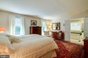 Master Bedroom! - 12210 GLADE DR, FREDERICKSBURG