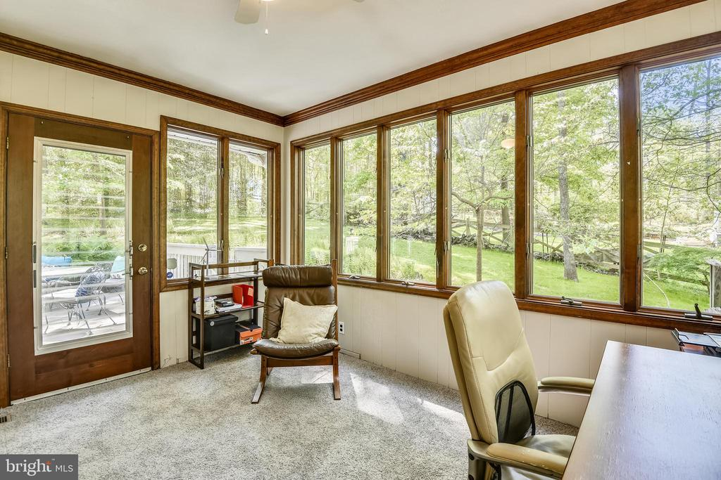 Office or Sun Room--Perfect Space - 1058 ULMSTEAD CIR, ARNOLD