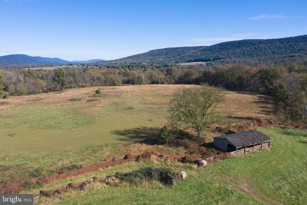 Scenic Open Spaces - 12717 HARPERS FERRY RD, PURCELLVILLE