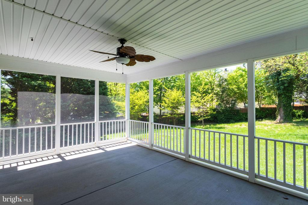 Nature View Screened Large Porch - 2050 ARCH DR, FALLS CHURCH