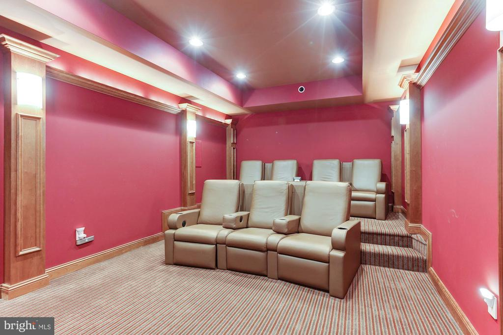 Media Room - 8913 GALLANT GREEN DR, MCLEAN