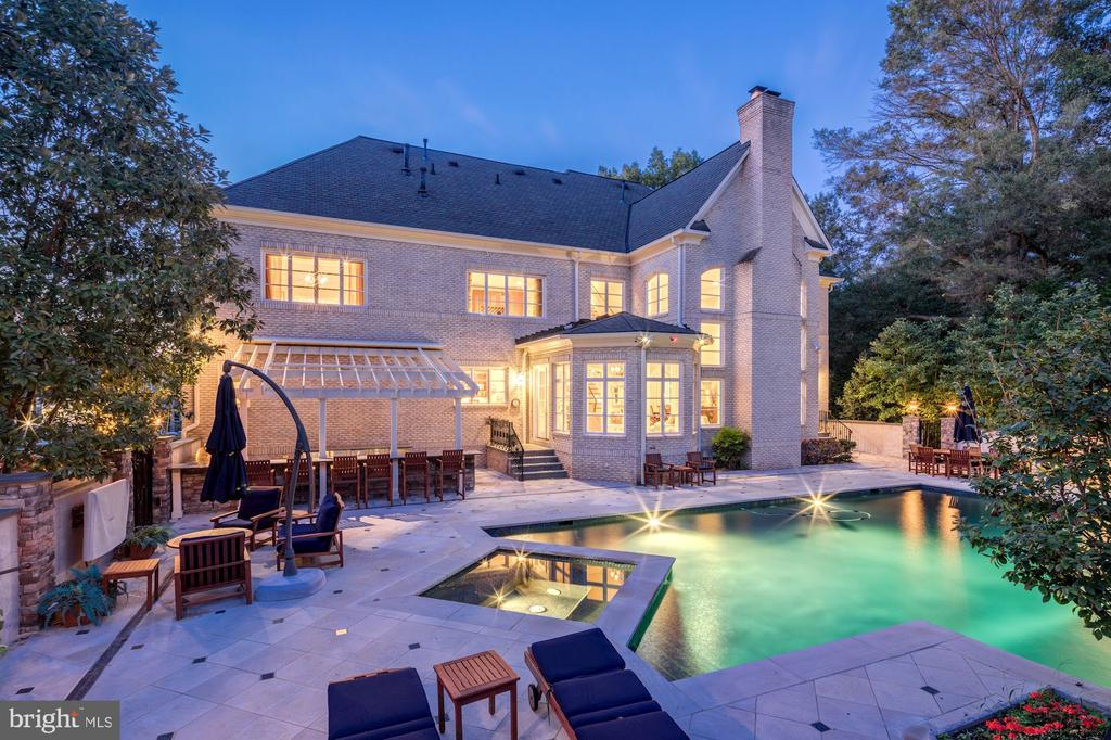 Pool Deck - 8913 GALLANT GREEN DR, MCLEAN