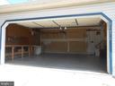Over Sized 2 car Garage with Workbench - 10472 LABRADOR LOOP, MANASSAS