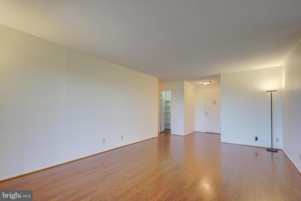 Living Room - Beautiful New Hardwood Floors! - 5901 MOUNT EAGLE DR #1115, ALEXANDRIA