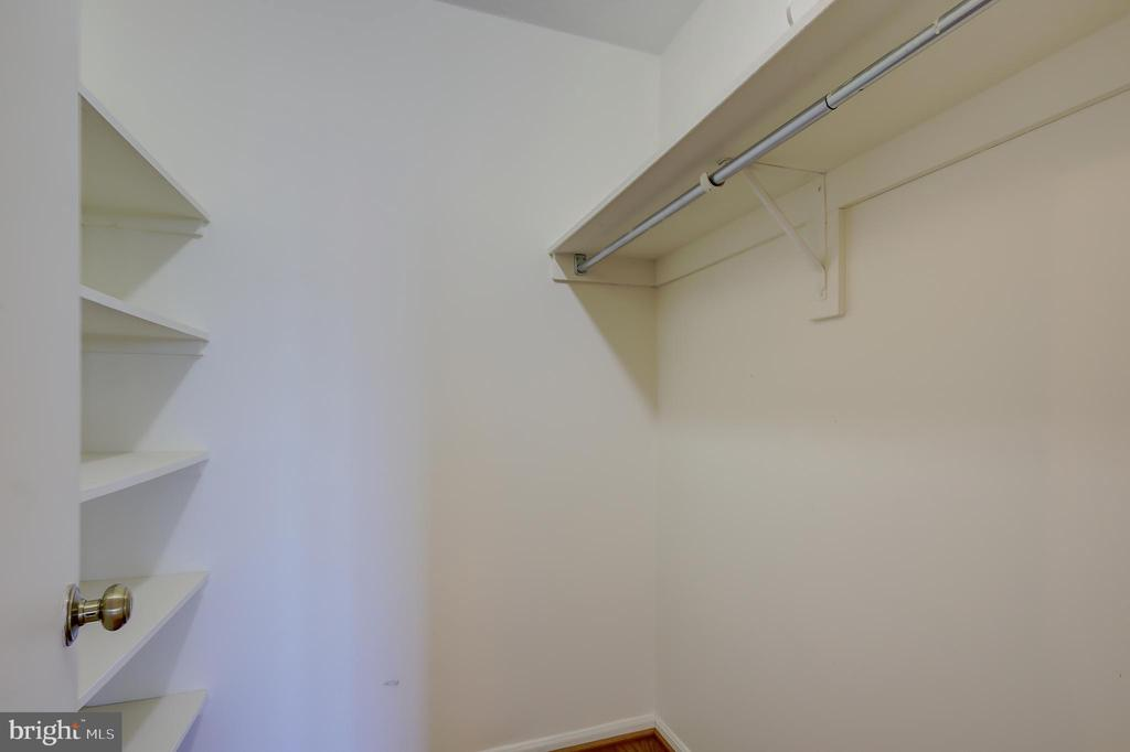 Large Walk-In Storage Closet off Hallway! - 5901 MOUNT EAGLE DR #1115, ALEXANDRIA